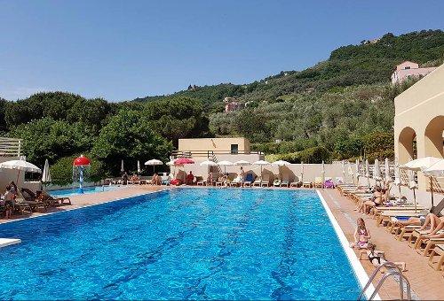 Week End Ponte 2 Giugno Campeggio in Liguria Al Mare A Finale Ligure