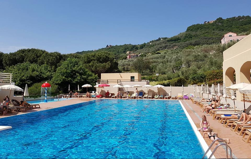 Early Booking low season camping in the ligurian riviera at seaside Finale Ligure