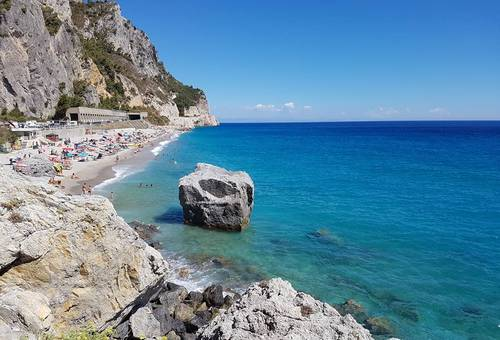 Special June to the Seaside campsite in Liguria in Finale Ligure