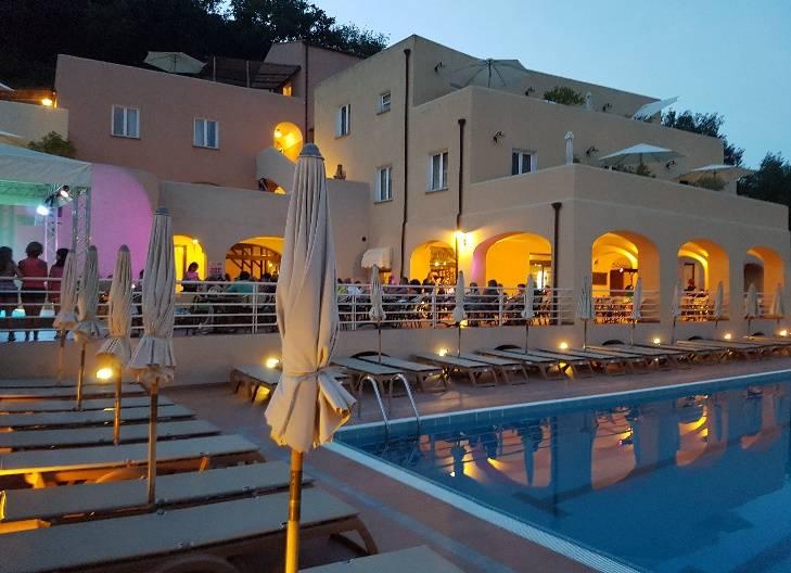 Offerta Famiglia Settembre Sconto 10% - Camping e Bungalow al Mare e Mountain Bike in Liguria